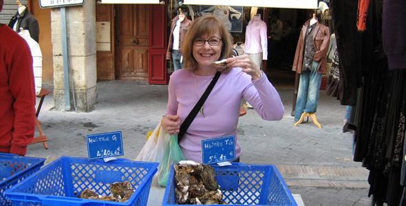 Helen Eating Oyster